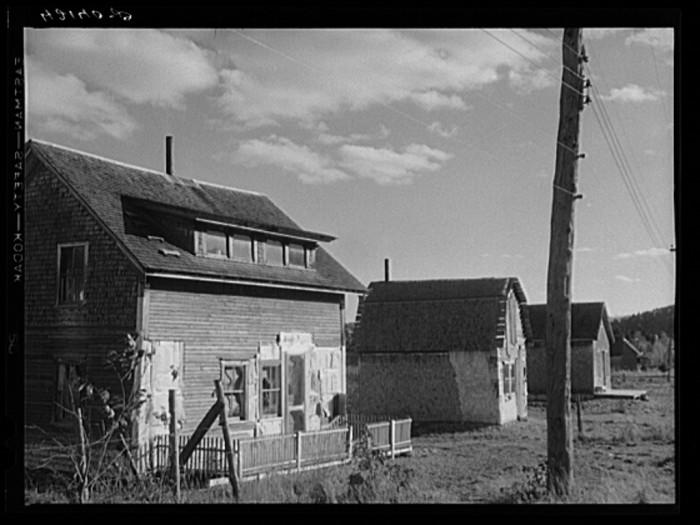 24. Rural homes. (Fort Kent, 1940)