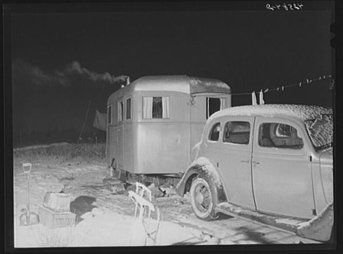22. Temporary depression-era housing. (Bath, 1940)