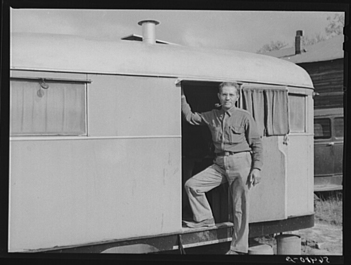 4. Construction worker that builds defense housing on Fort Benning, Chattahoochee, Georgia - December 1940