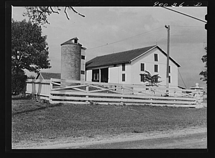 """12. """"Barn on farm near Dayton, Ohio."""""""