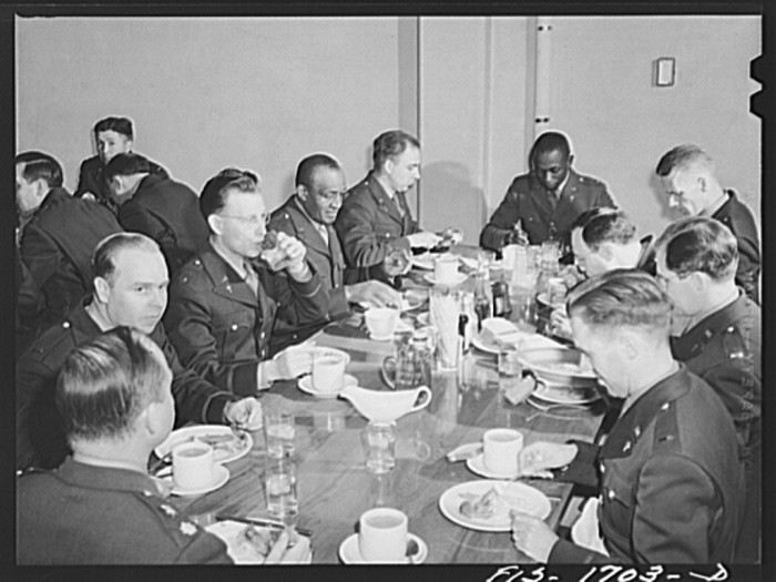 5. Check out these students having a meal at the  the mess table in the U.S. Army chaplain school in 1942.