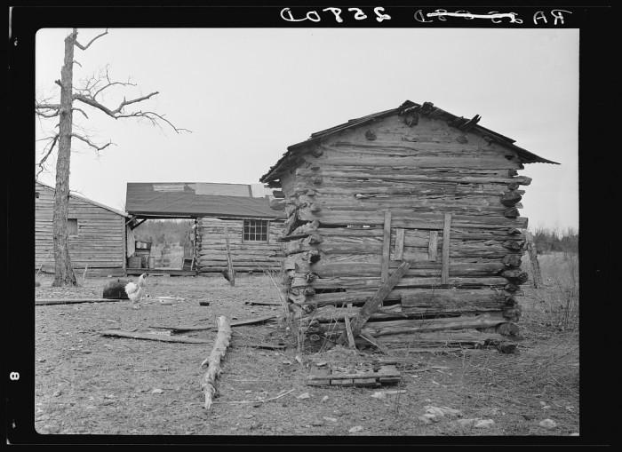 9) A Lebanon, Tennessee rough hewn smoke house