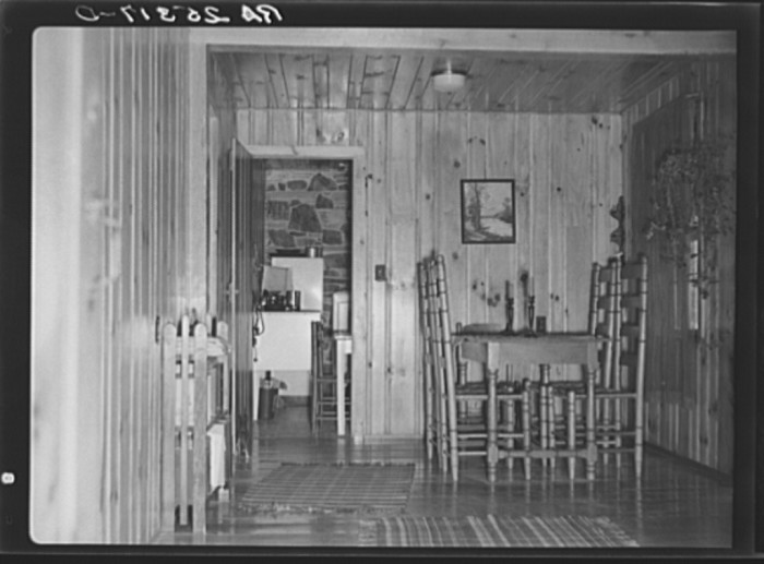 9) A little late 30's home kitchen in Tennessee