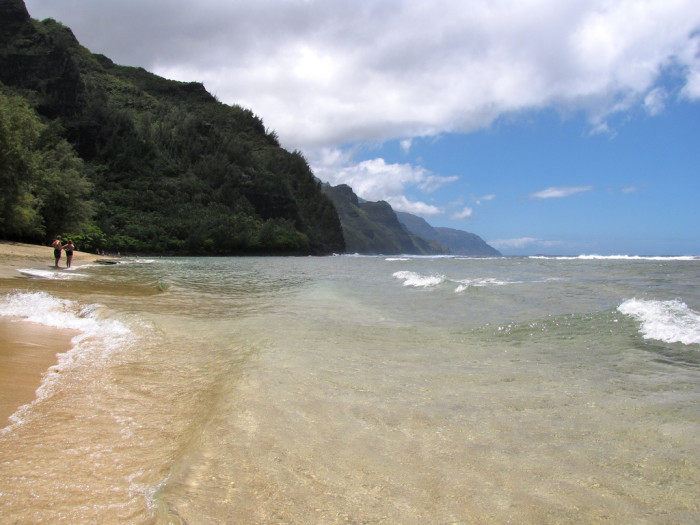 9) Kauai's Ke'e Beach appeared in Lord of the Flies, The Thorn Birds, and Throw Mama From The Train.