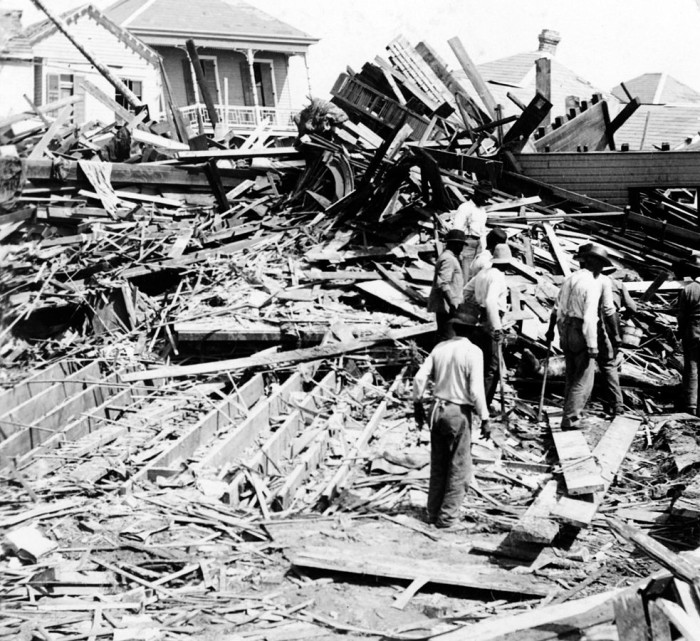 5. We're all familiar with the tragic Galveston hurricane of 1900. This is the destruction it left in its wake.
