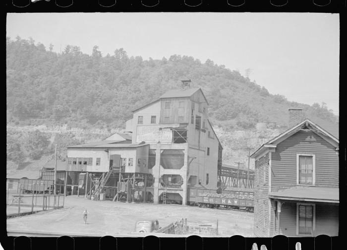 23. A Floyd County coal mine in 1938.