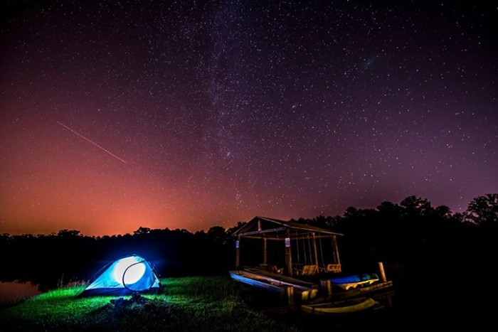 10. This magical scene was captured at Lake Irene in Troy, Alabama during the Perseid meteor shower.