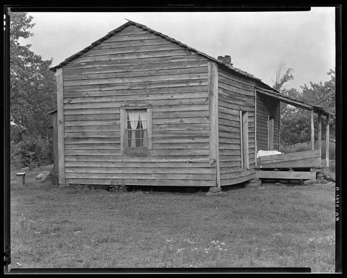 Home of Bud Fields - Hale County, 1935
