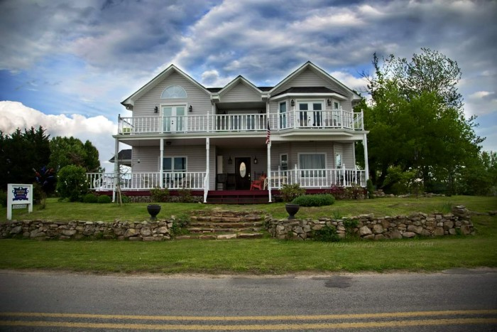 11. Spend the weekend at one of Alabama's coziest bed and breakfasts.