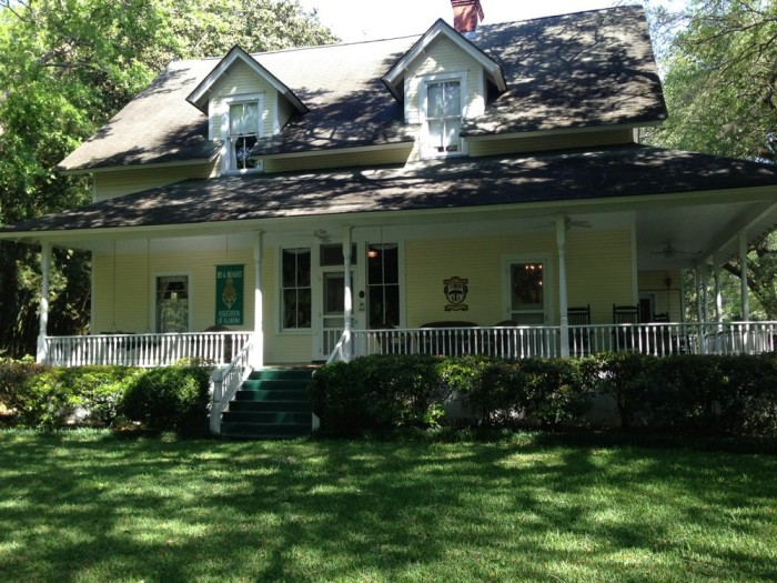 12. Stay the weekend at one of Alabama's most charming bed and breakfasts.