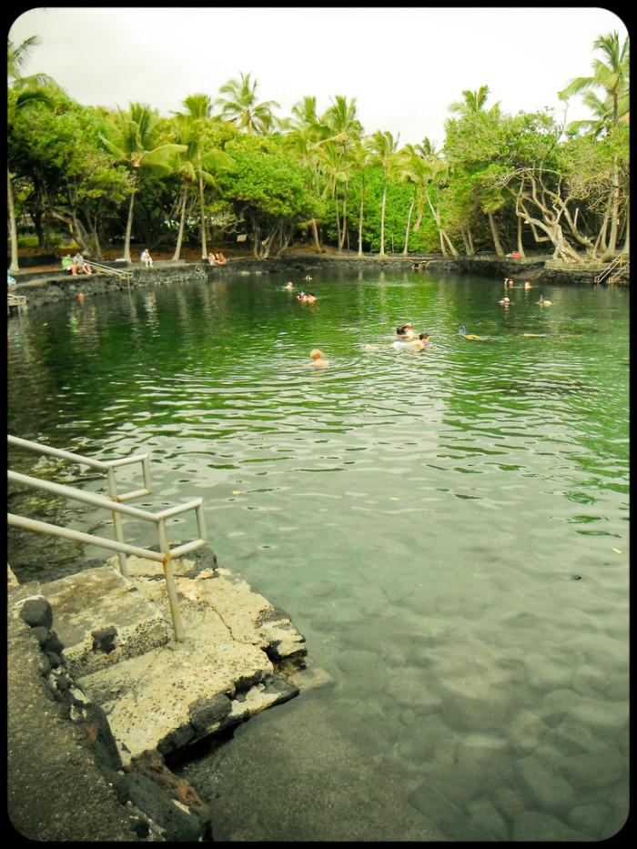 6) Ahalanui Hot Pond