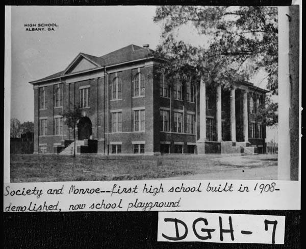 6. First High School Built in Albany - 1908