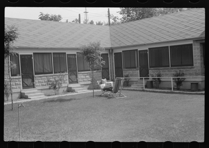 9) Cabin rented by House of David, Benton Harbor, July 1940.