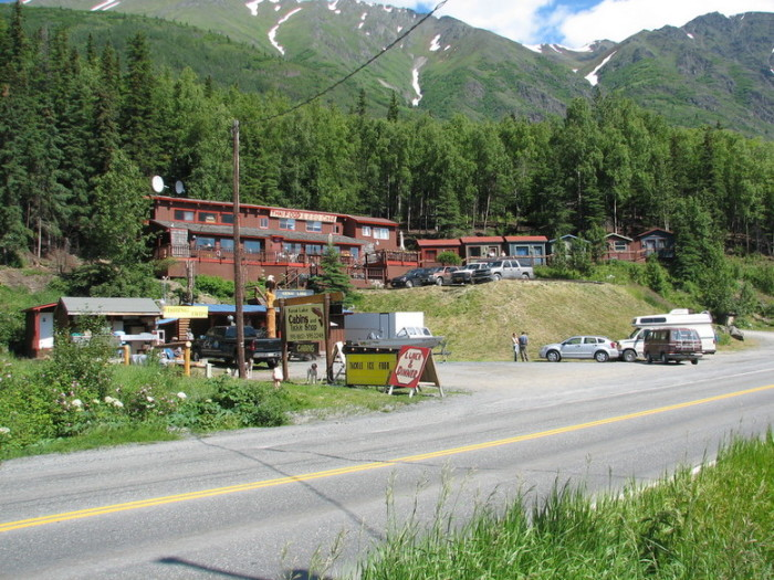 Small towns in alaska