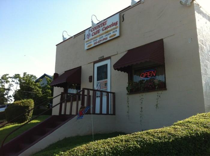 11. Country Café, Culpeper