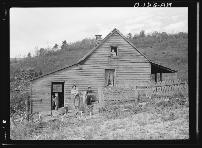 17. The Dodson family at home in the small community of Old Rag in Page County before they were relocated, 1935.