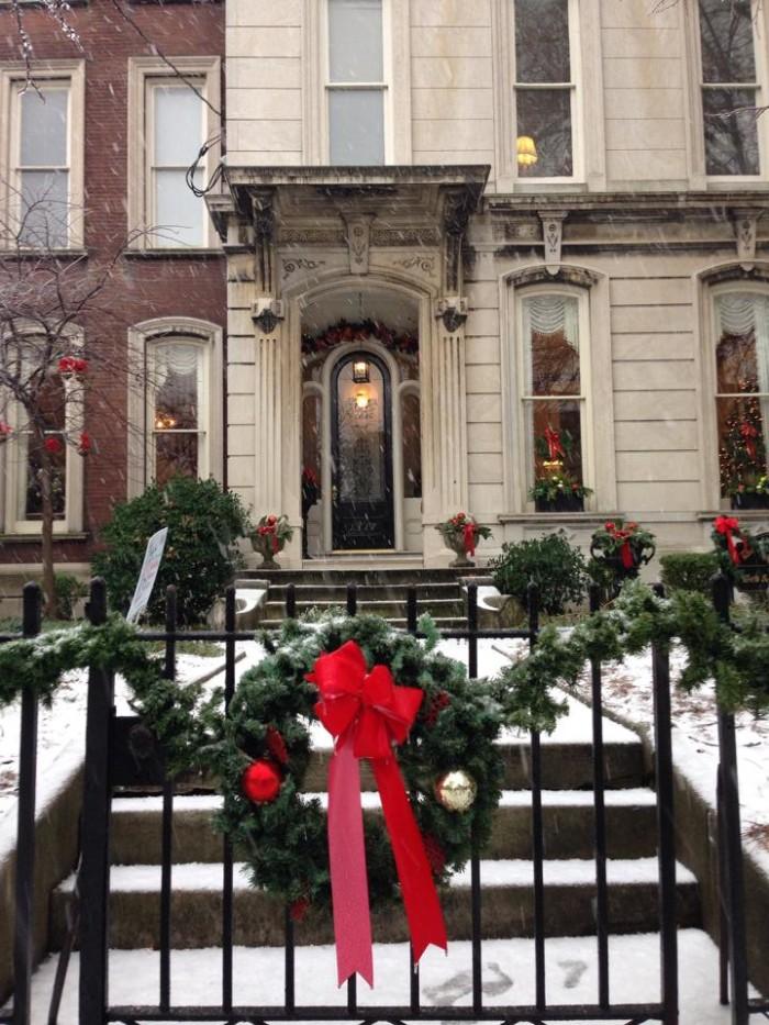 9. Dupont Mansion Historic B&B.