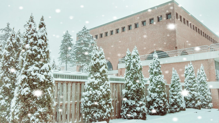 5) You can't have a wintery list without including Frostburg!