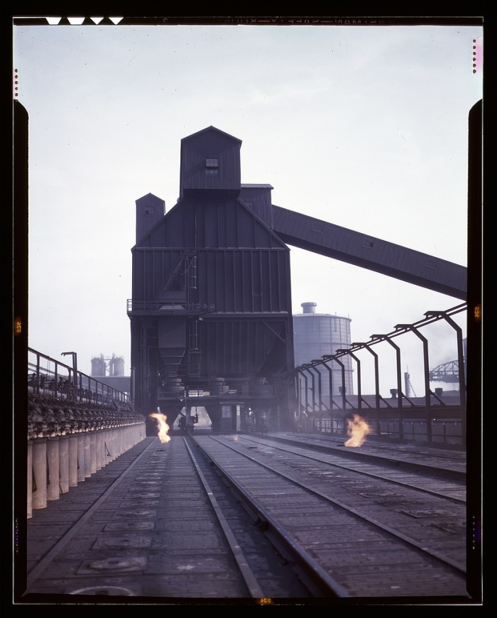 7. Hanna furnaces of the Great Lakes Steel Corporation, Detroit, Mich. Coal tower atop coal ovens