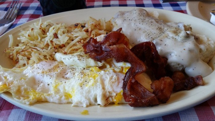 Heart Line Restaurant food