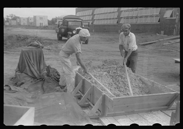 7. Workers in Hightstown, 1935.