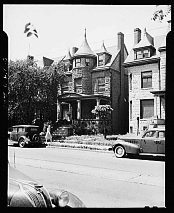 7) House where Charles A Lindbergh was born in Detroit, July 1941.