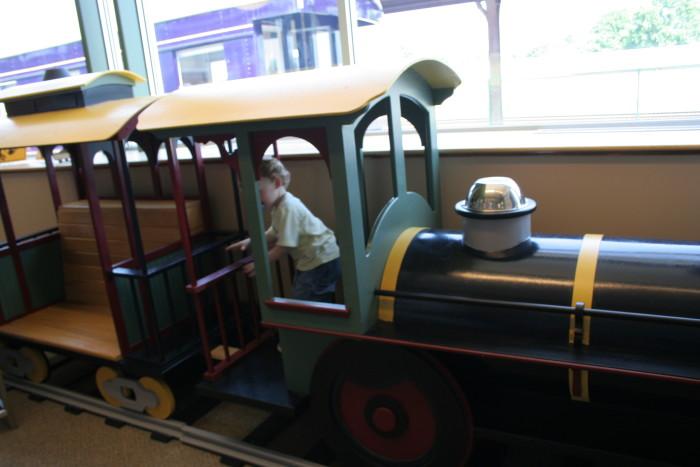 9. Kentucky Railroad Museum