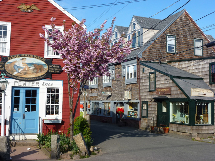 10 Most Charming Small Towns In Massachusetts