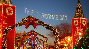 Here Are The Top 11 Christmas Towns In Massachusetts. They're Magical.