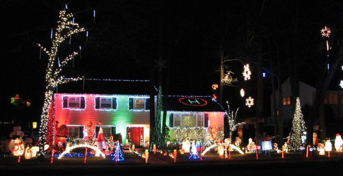 11. MacCary Christmas Lights, Ocean