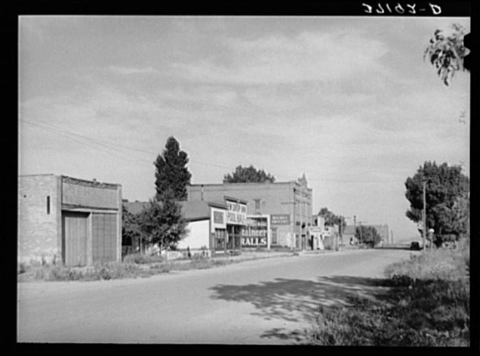 12. Main Street, Corinne