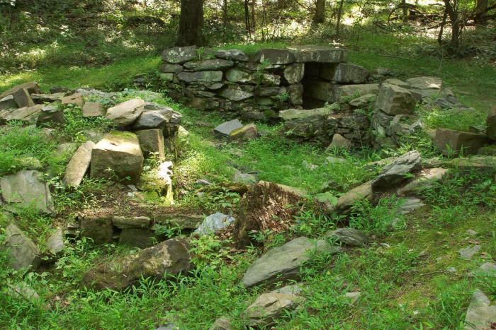 16. Visit the Matildaville Ruins at Great Falls Park in McLean