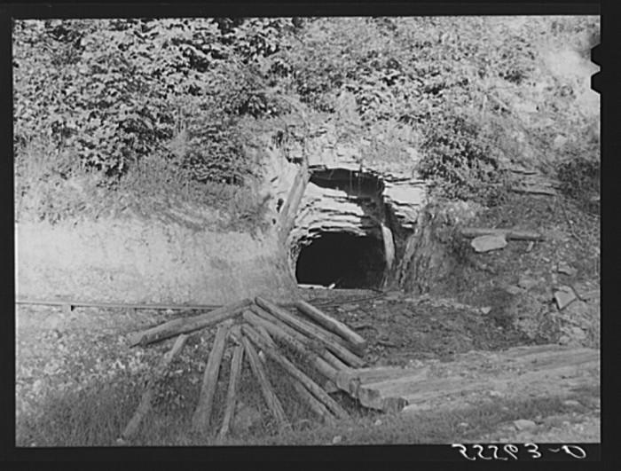7. Morris Fork, Breathitt, Kentucky 1940.