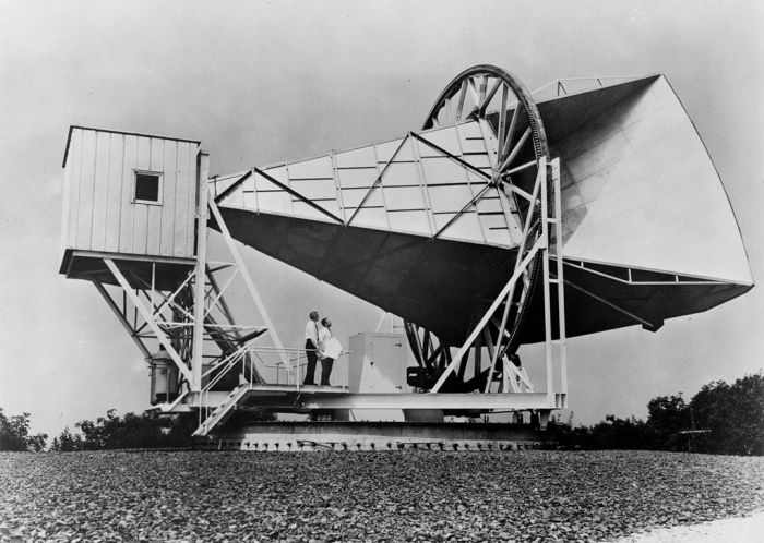 """9. The discovery of cosmic microwave background radiation in Holmdel provided strong evidence for the """"Big Bang"""" theory and changed the way we study cosmology."""