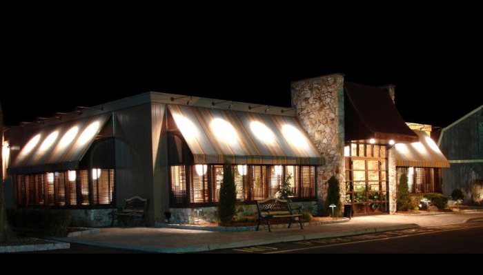 5. Oceanos Oyster Bar and Seafood Grill, Fair Lawn