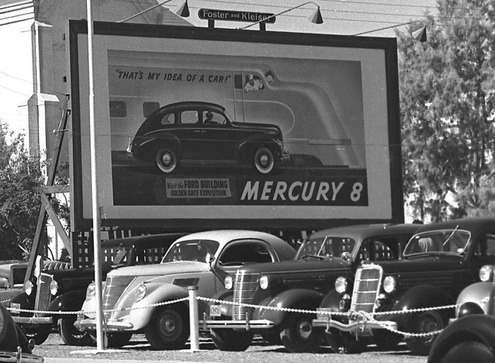 21. Here is a Phoenix car dealership in 1939, at the tailend of the Great Depression.