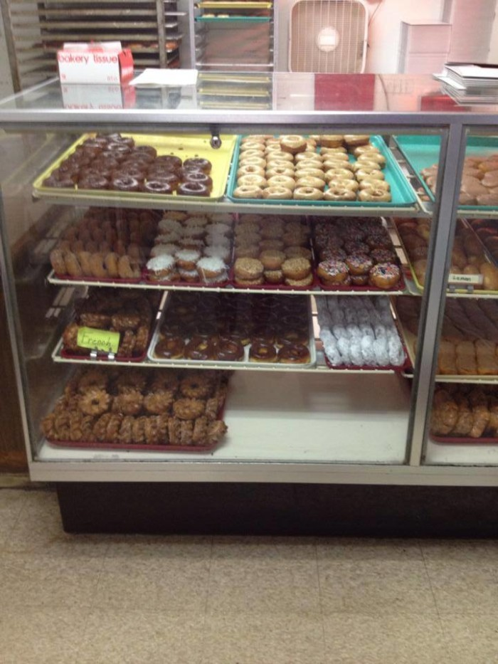 Red's Donut Shop donuts.