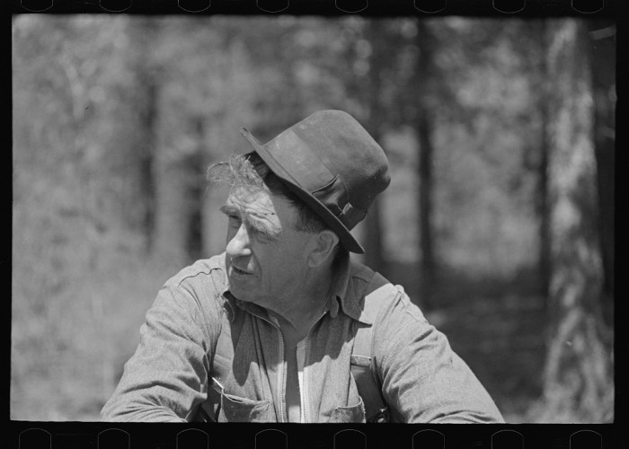 2) Resident of the abandoned mining town of Mansfield, May 1937.
