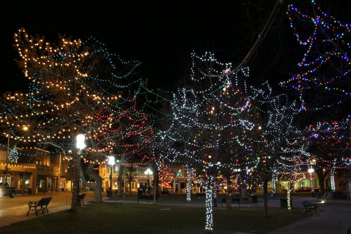 9. Santa Fe Plaza