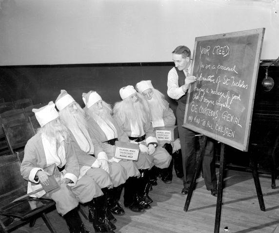 4) Santa training, Detroit, 1938