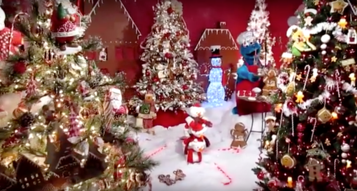 Here Are The Top 8 Christmas Towns In Pennsylvania. They're Magical.