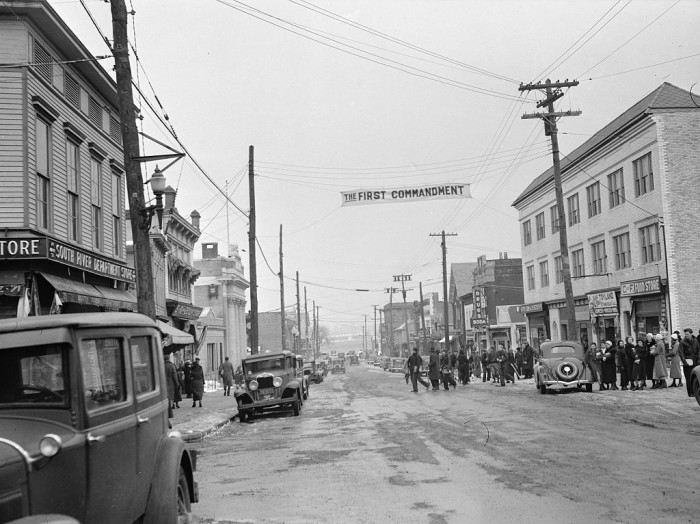 Jersey City Car Dealers >> 23 Rare Photos Taken In New Jersey During The Great Depression