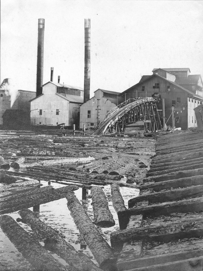 2. This is the Southern Pine Lumber Company Sawmill in Diboll. How does this compare to today's sawmills in Texas?