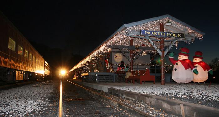 4) TN Valley Railroad's North Pole Adventures - Chattanooga