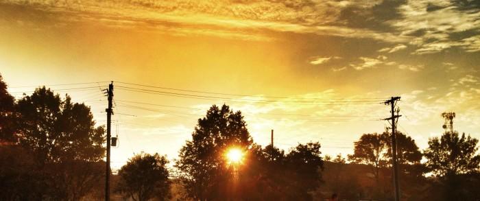 1. The sun tells time.