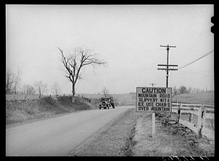 24. U.S. Route 50 cutting through Frederick County near Winchester in 1940.