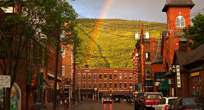 The 16 best places to live in vermont for Best small city to live in