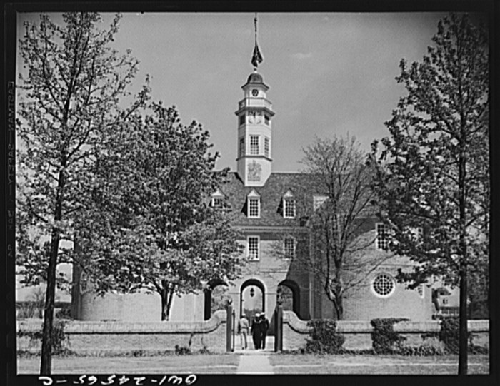 3. THEN: The capitol in Williamsburg, 1943