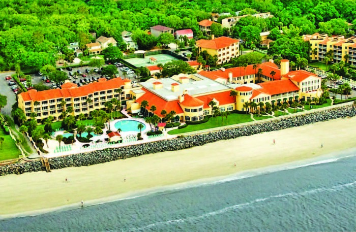 3. Or visit a resort on St. Simons Island