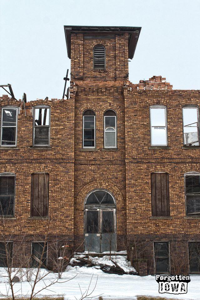 3. Old school building, Bagley